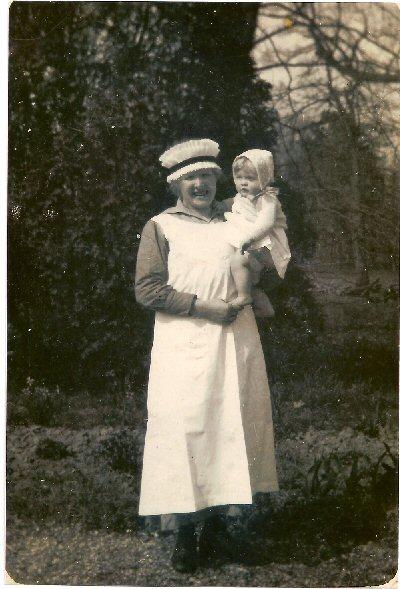 Kinderjuf Johanna Bosch-Dijkslag, met Joan Gerard Wurfbain