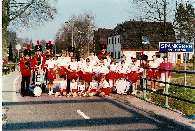 1984   Tambour- Majorettencorps.